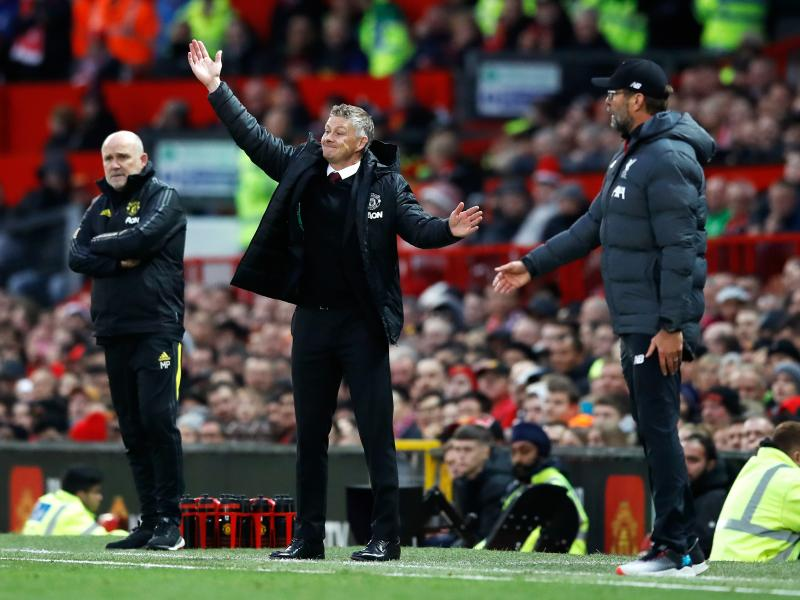 🔴🥊 TEAM NEWS: Its the battle of the Reds as Liverpool host Manchester United at Anfield
