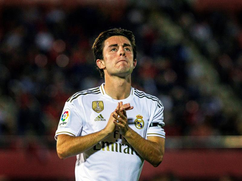 BREAKING: Bayern Munich confirm the signing of Alvaro Odriozola from Real Madrid
