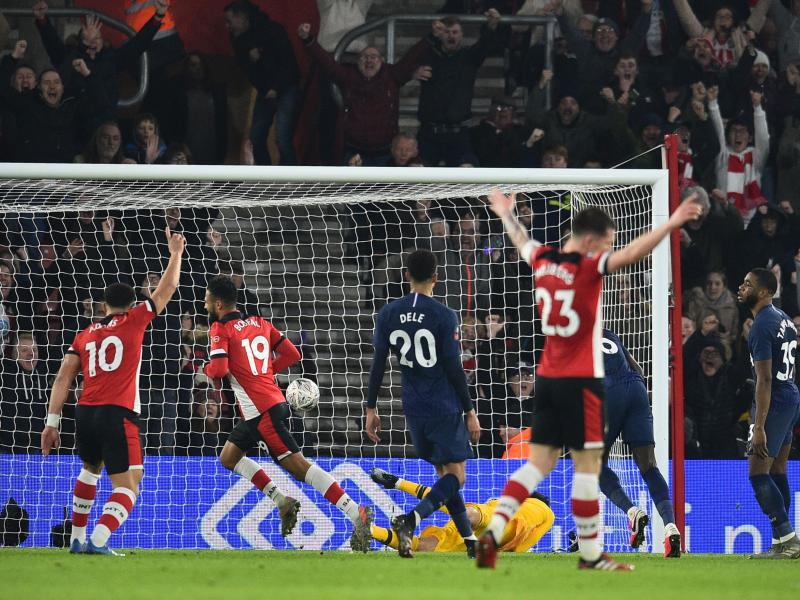 Southampton 1-1 Tottenham: Saints strike late to force unwanted FA Cup replay