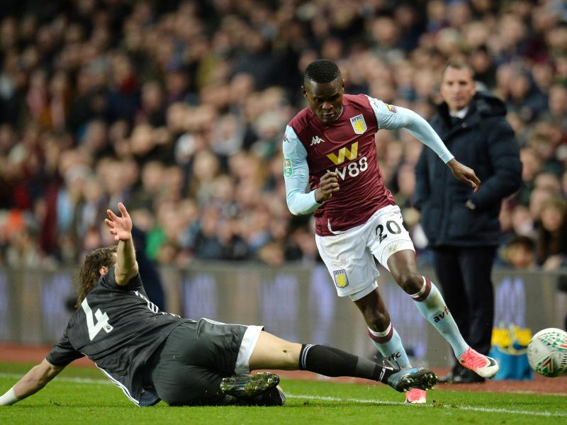 🇹🇿 Tanzanian's go crazy on Samatta's Aston Villa debut