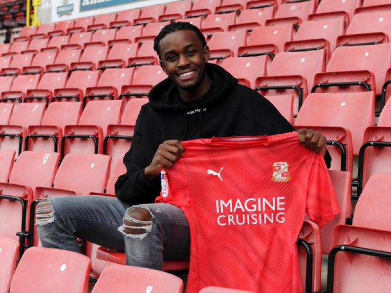 🇿🇼🔵➡️🔴 Muskwe leaves Leicester City for Swindon Town