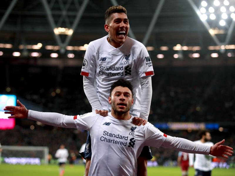 West Ham 0-2 Liverpool: Reds keep EPL title dream alive