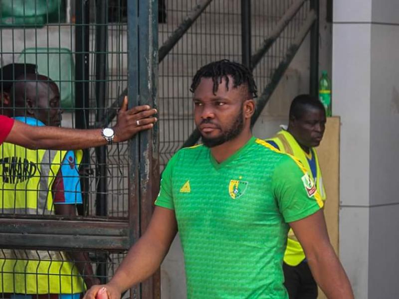 🇳🇬👍🏿 Chinedu Anozie gives out N20 000 to fans