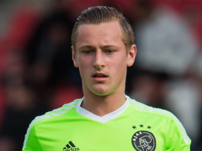🇳🇱 Former Ajax star Kaj Sierhuis dreams of playing for Liverpool in future