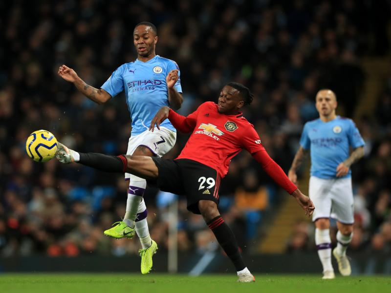 Man City respond to rumors linking Sterling to Man United