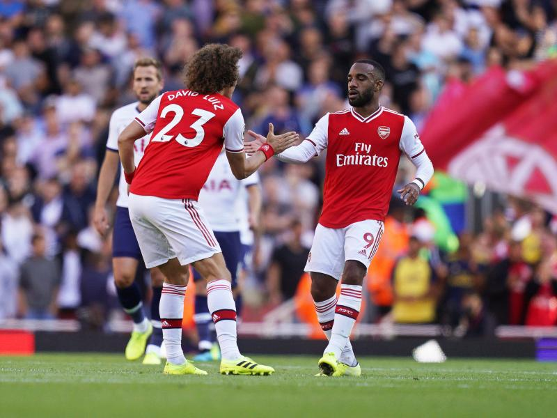 Lacazette plays down Atletico Madrid transfer links