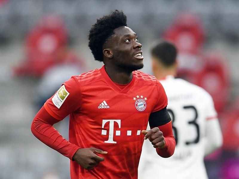 Alphonso Davies named Bayern Munich player of the month for May