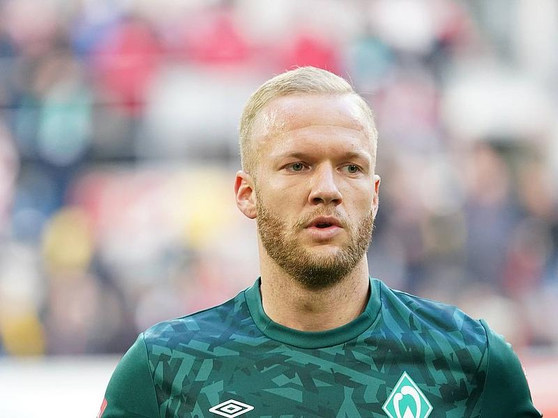 Defender Kevin Vogt returns for Werder Bremen ahead of FC Schalke clash
