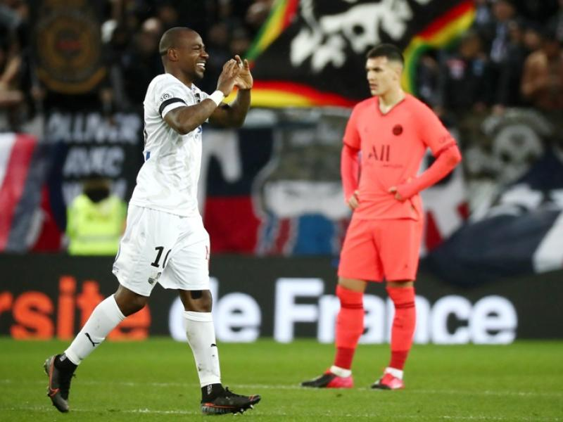 Congolese star Gael Kakuta linked with a move to Middle East