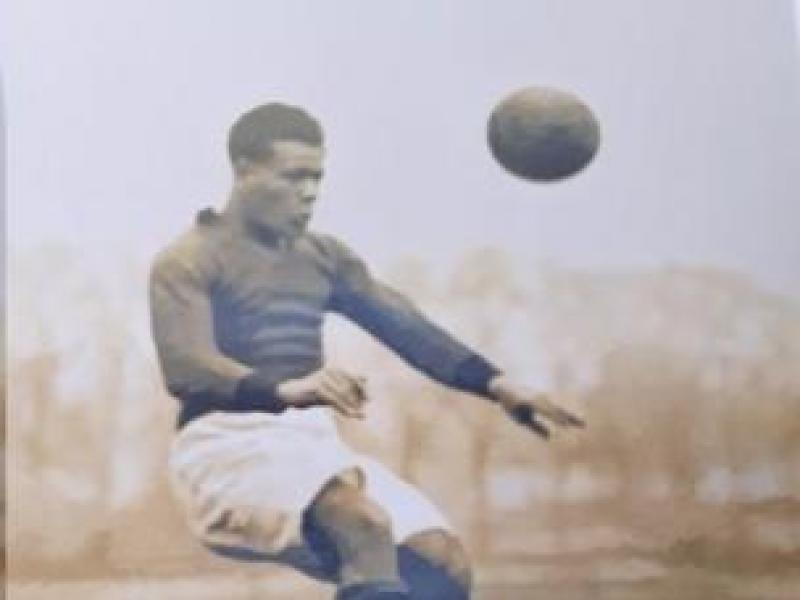 Campaign for statue of footballer dropped from England squad for being black