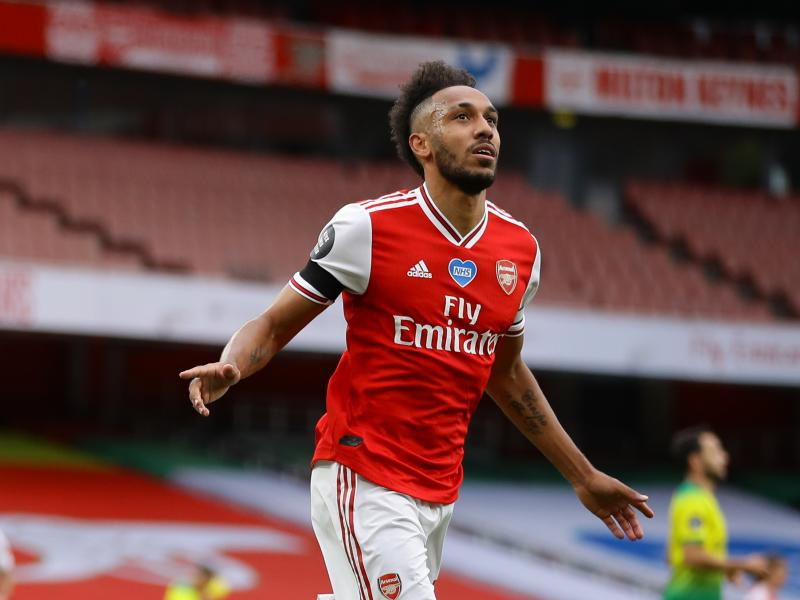 🎯 Premier League Golden Boot race: Aubameyang moves level with Vardy