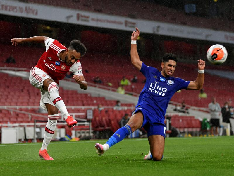 Arsenal 1-1 Leicester City: Vardy saves a point for the Foxes as Nketiah sees a red card