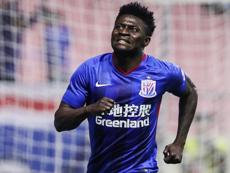 Obafemi Martins earns another club move