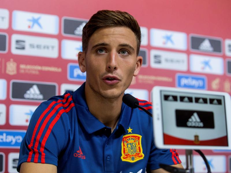 Manchester United learn Pau Torres asking price