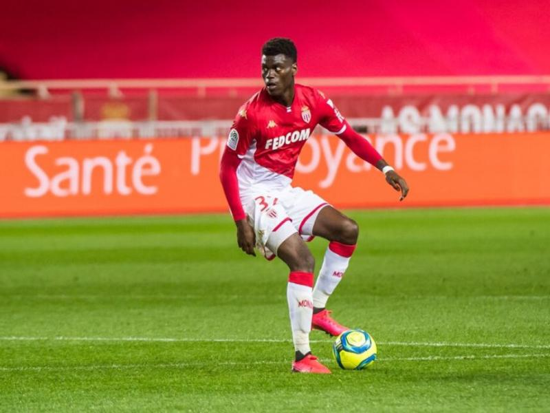 Manchester United linked with a move for Benoit Badiashile