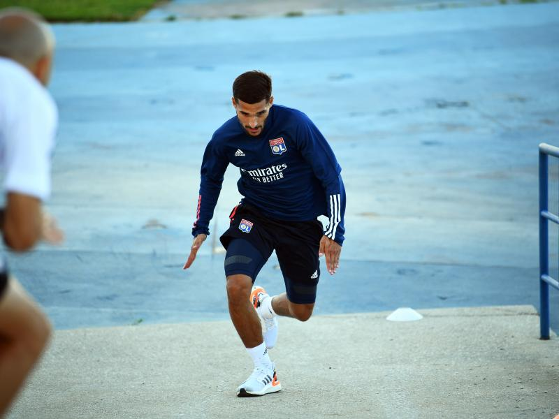 Houssem Aouar punished by Lyon after refusing to train