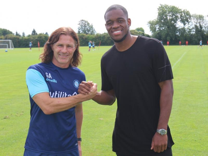 Uche Ikpeazu signs three-year deal with Wycombe Wanderers from Scottish side Hearts