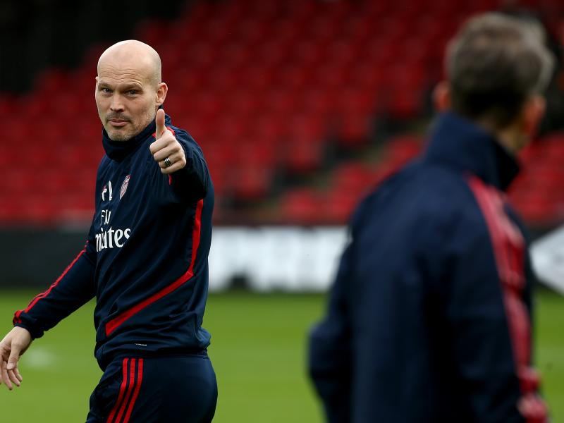 BREAKING: Freddie Ljungberg leaves assistant coach role at Arsenal to pursue management
