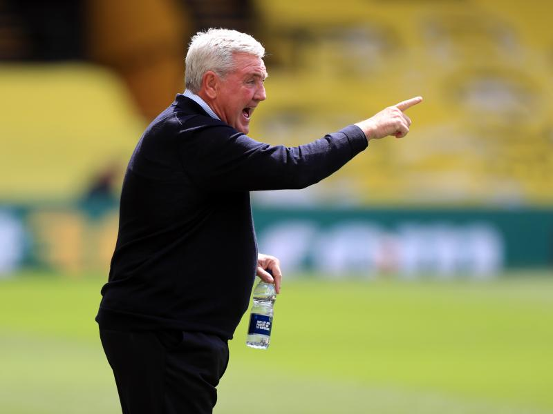 Newcastle boss Steve Bruce wants Allan Saint-Maximin to emulate Wolves' Adama Traore