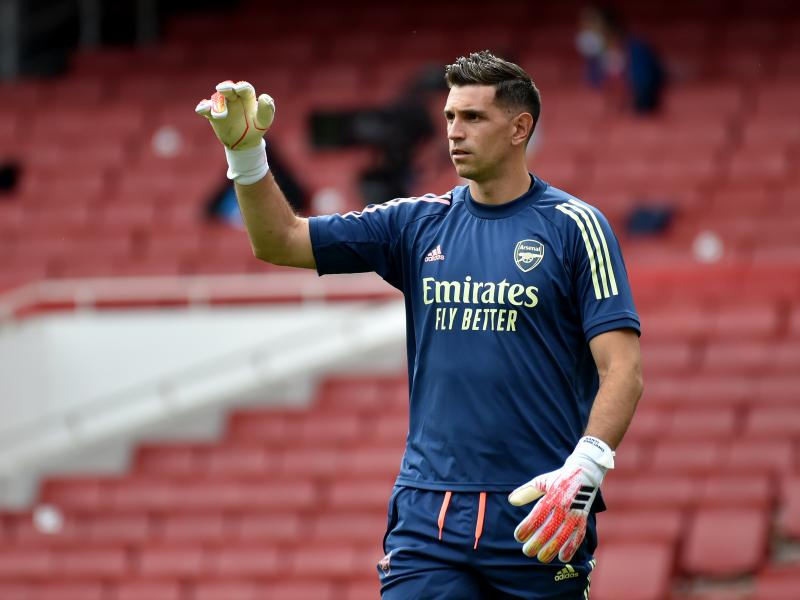 Dean Smith in desperate need of another goalkeeper as he targets Arsenal's Emiliano Martinez
