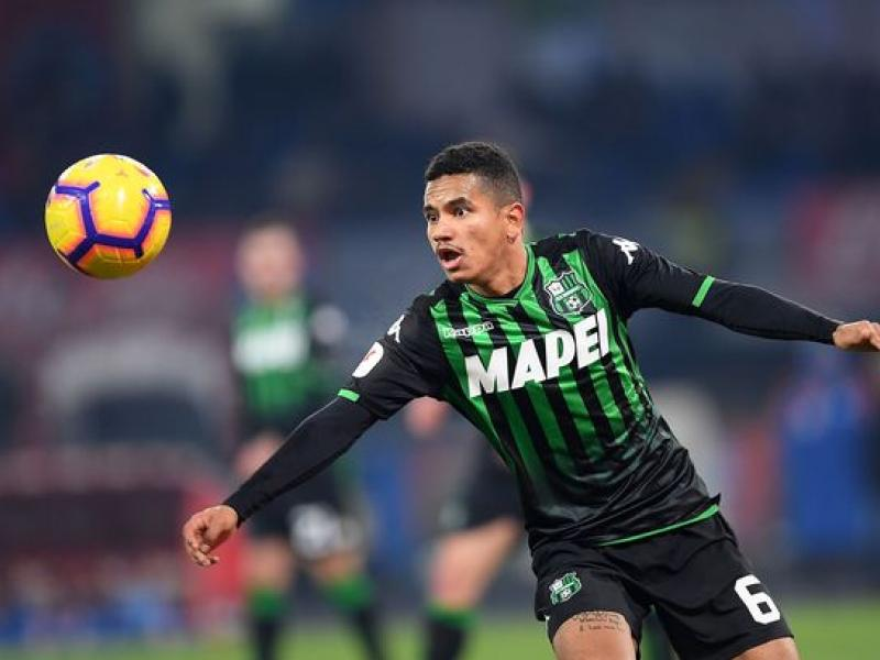 Newcastle United look to secure move for Sassuolo left-back Rogerio