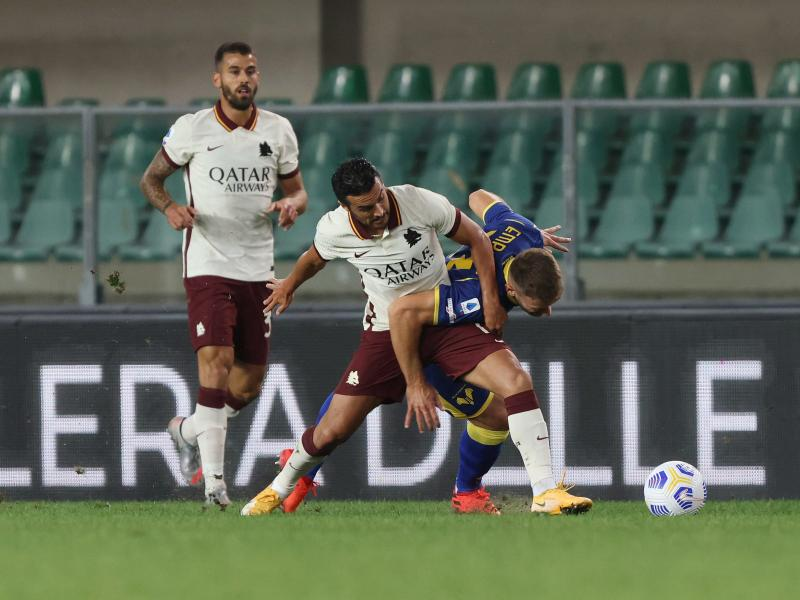 Roma handed 3-0 defeat to Hellas Verona after registration error