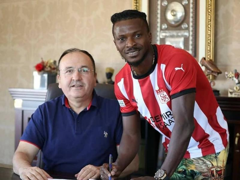 Kayode Olarewaju moves to Sivasspor