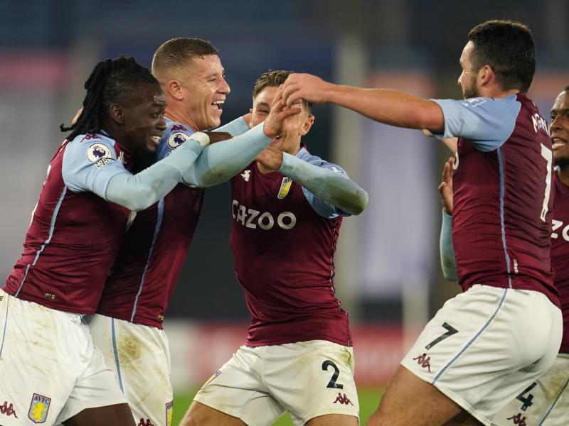 Leicester 0-1 Aston Villa: Ross Barkley scores stoppage-time winner as Villans move to second
