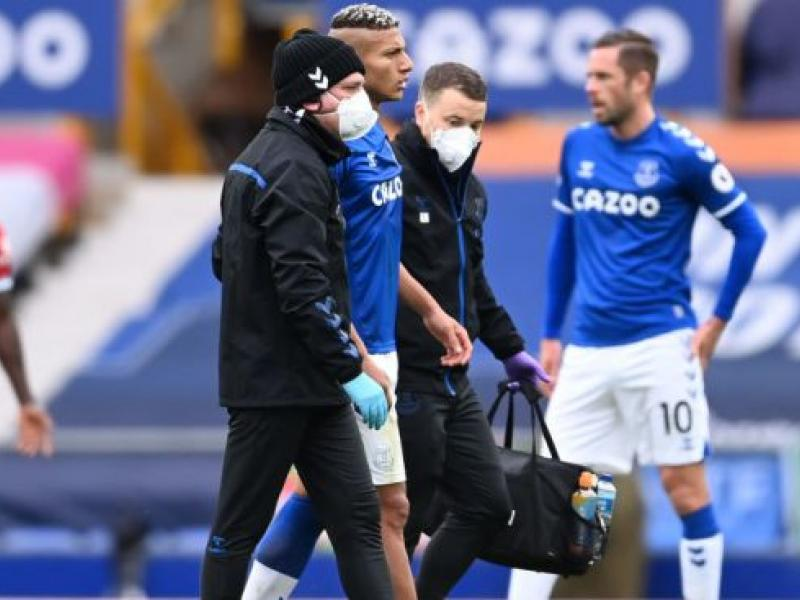 Everton duo send out apologies to Liverpool's Thiago Alcantara, Virgil van Dijk