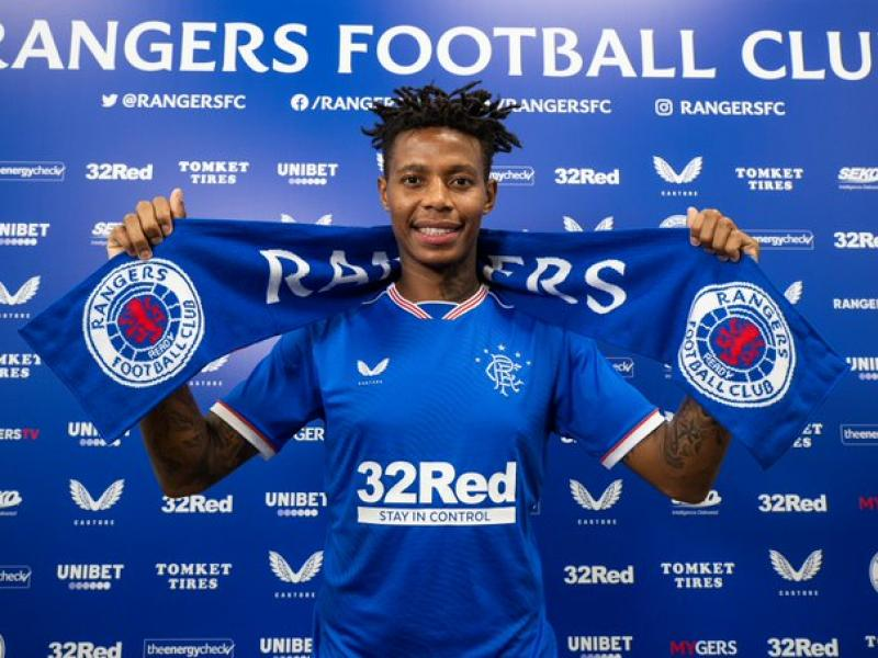 🇿🇦 Steven Gerrard suggests Zungu is leaving Rangers after night party exploit