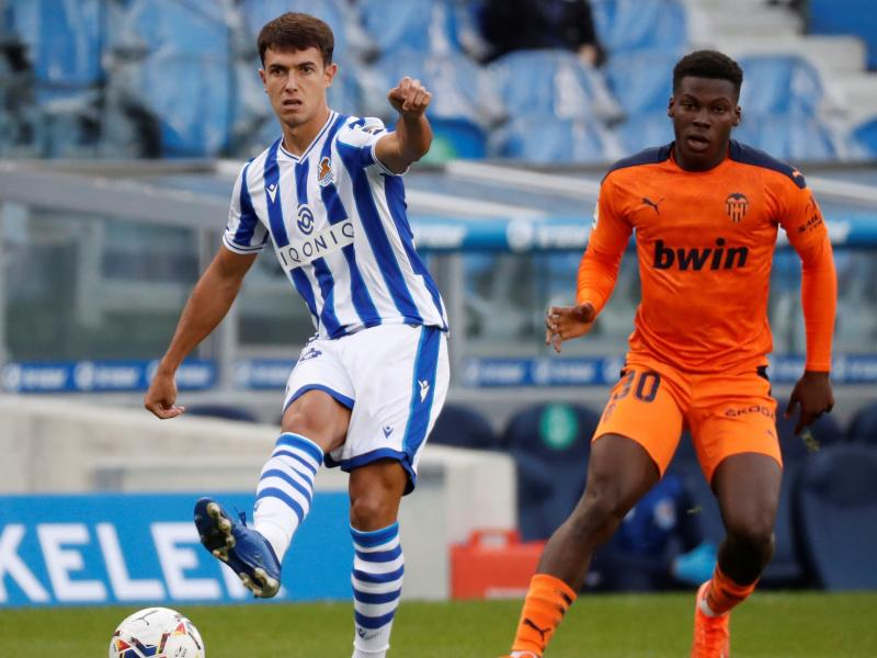 Valencia youngster Yunus Musah accepts USA call-up as Ghana miss out