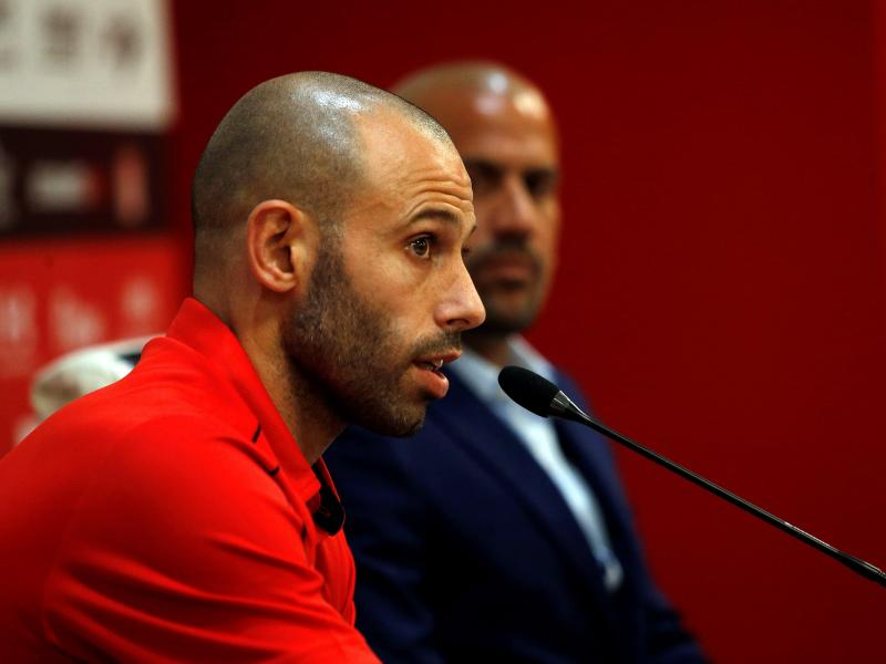 Retired Mascherano responds to reports linking him with a return to Barcelona