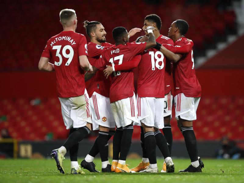Man United 6-2 Leeds: Red Devils thrash Bielsa's men to move third
