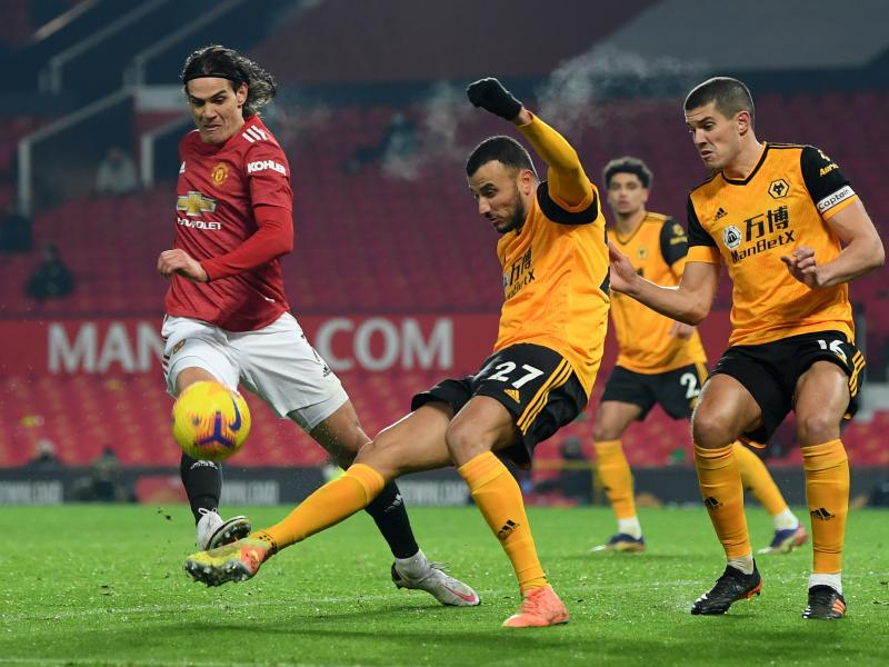 Rashford scores late winner as Man United beat unlucky Wolves to move second