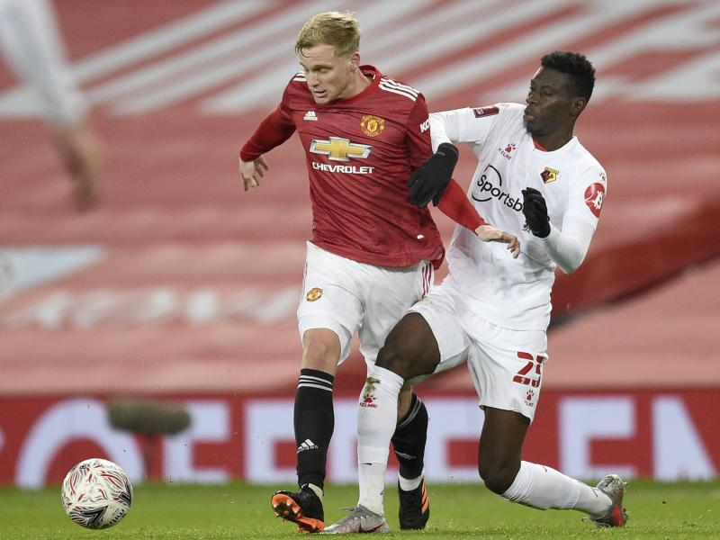 Inter Milan enquires about Man United's Donny Van de Beek