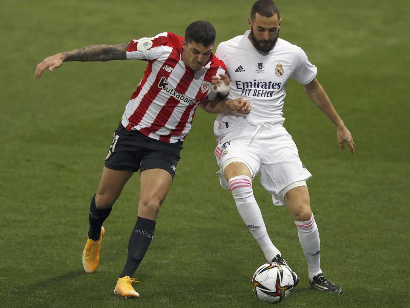 Real Madrid 1-2 Athletic: Bilbao advance to finals of Supercopa de Espana as holders crash out
