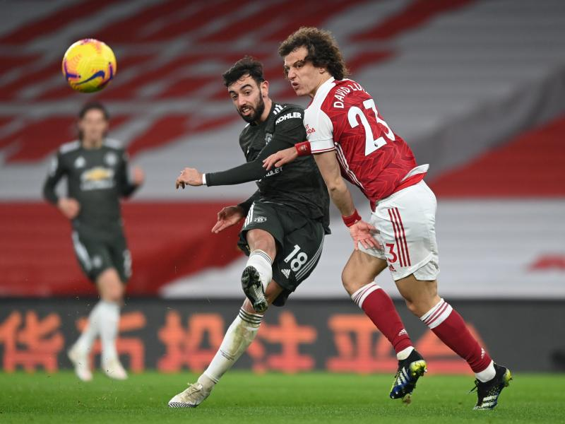 Arteta coy on David Luiz contract despite improve performances