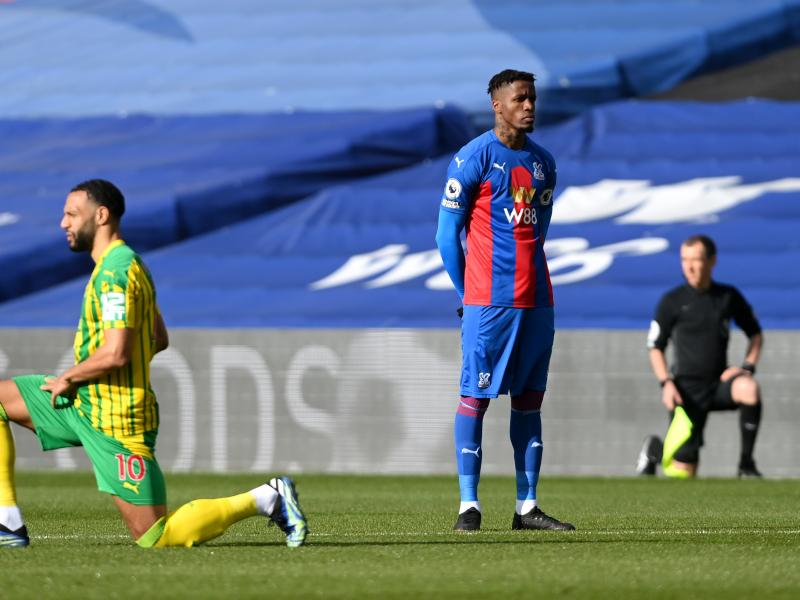 Zaha becomes the first PL player to stand instead of taking a knee before kick-off