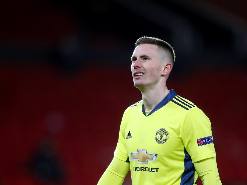 Man United ready to listen to offers for Dean Henderson
