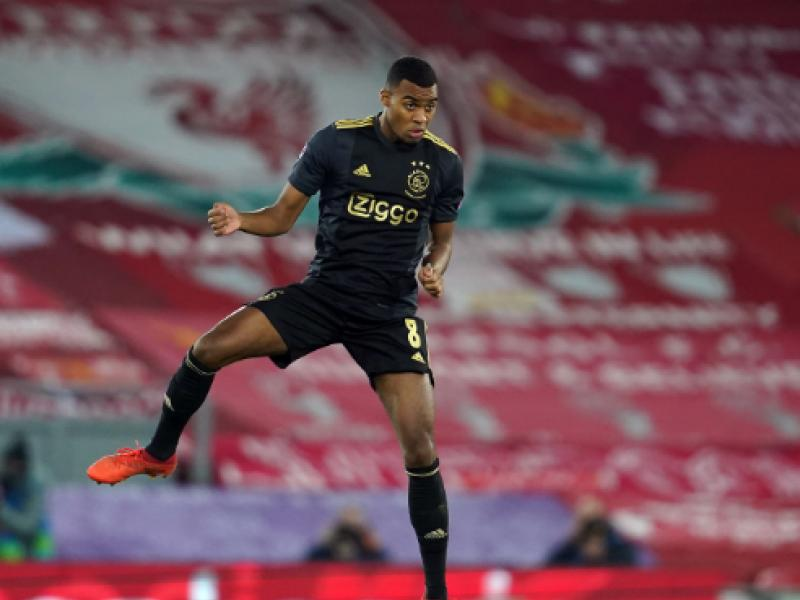 🇳🇱 Big and technical Ajax teen described as better version of Pogba