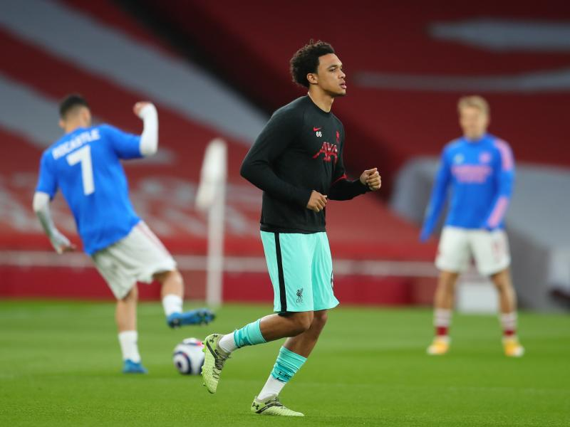 Klopp questions Alexander Arnold's omission from the England squad