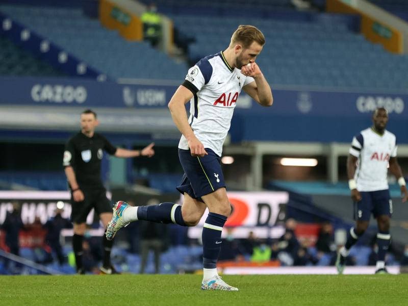 Harry Kane crowned Premier League player of the Year