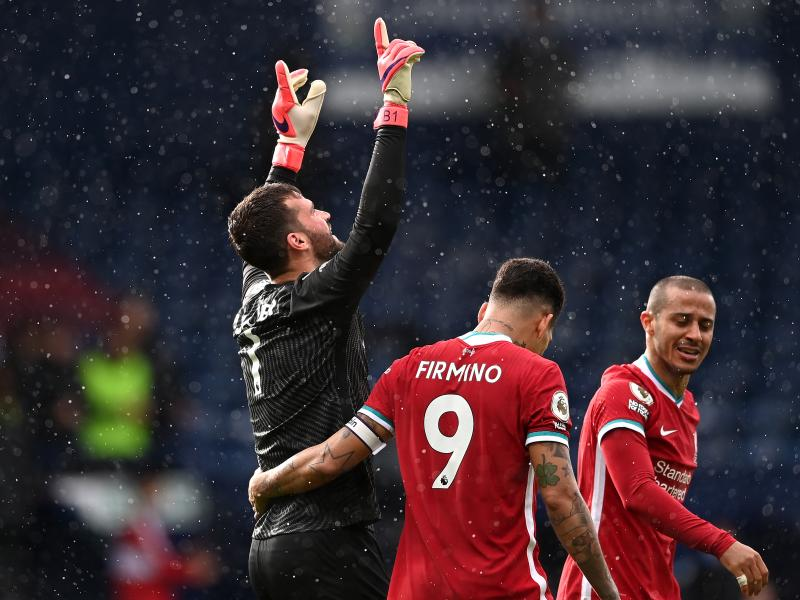 Liverpool keeper Alisson close to agreeing new contract