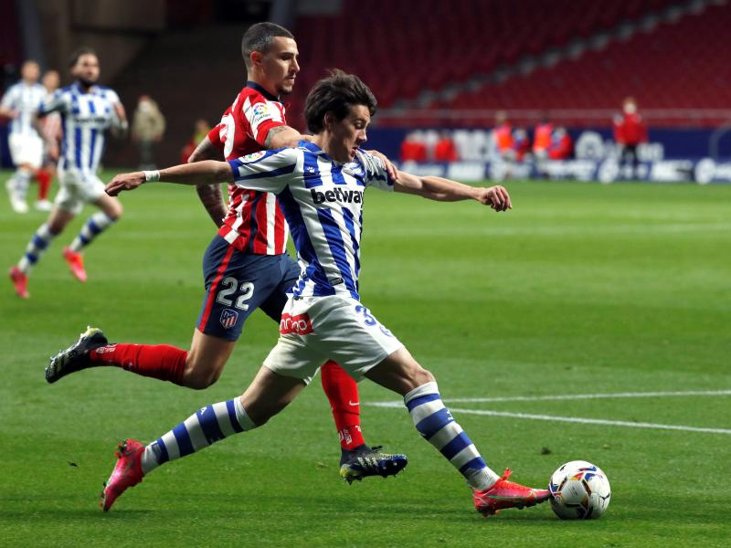 Manchester United youngster Facundo Pellistri wants to stay at Alaves
