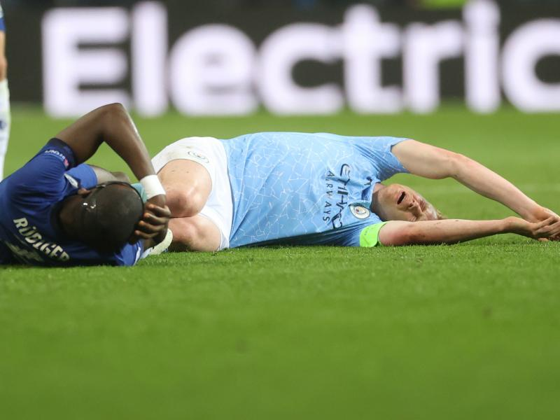 De Bruyne and Foden  fit for RB Leipzig clash