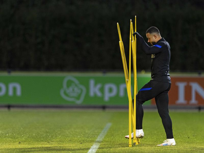 Memphis Depay decides to join Barcelona