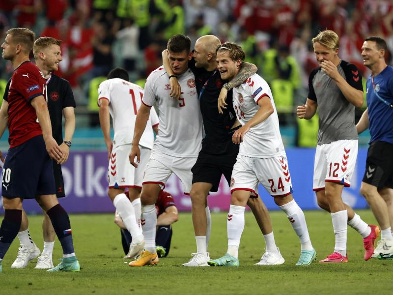 Dolberg & Delaney send the Danes through to the semi-finals after winning 2-1 vs the Czech Republic