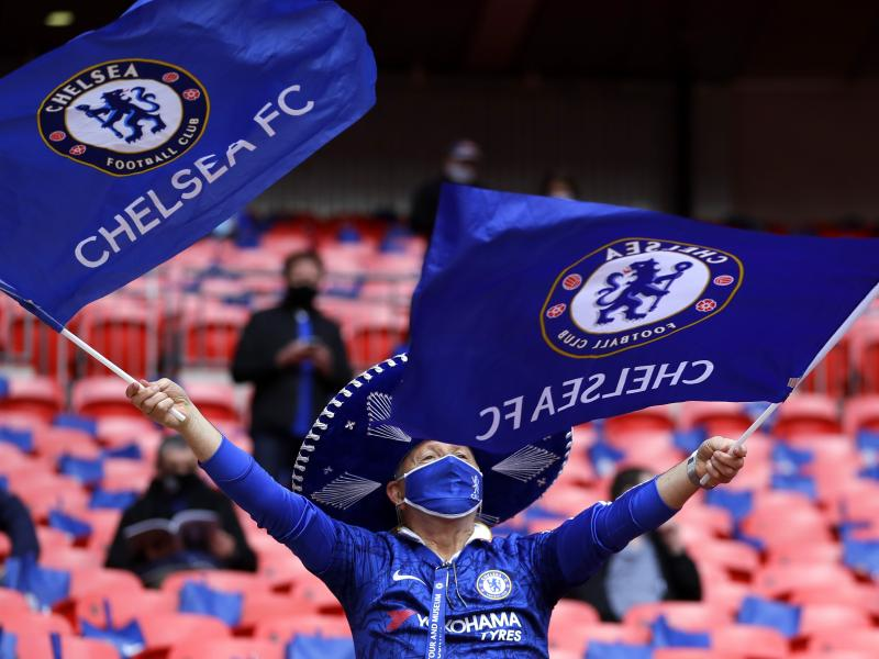 Chelsea goalkeeper completes League One move