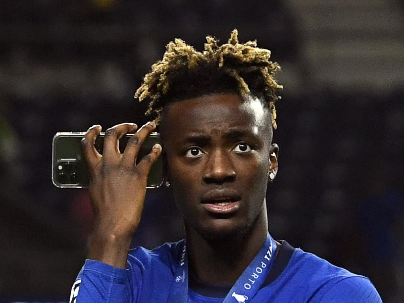 Tammy Abraham urged to leave Chelsea by club legend