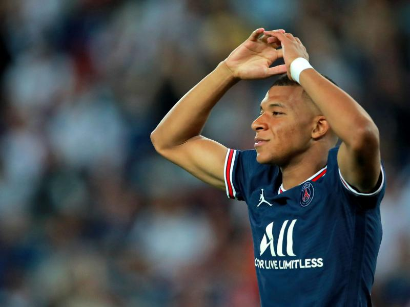 Opposition coach says Mbappe needs to be humble to get more love